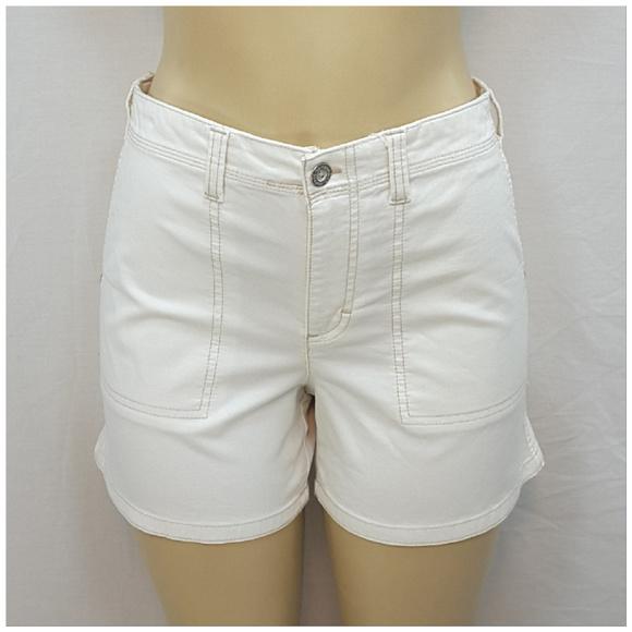 Gloria Vanderbilt Pants - GLORIA VANDERBILT, Highlighted Stitching Shorts, 6
